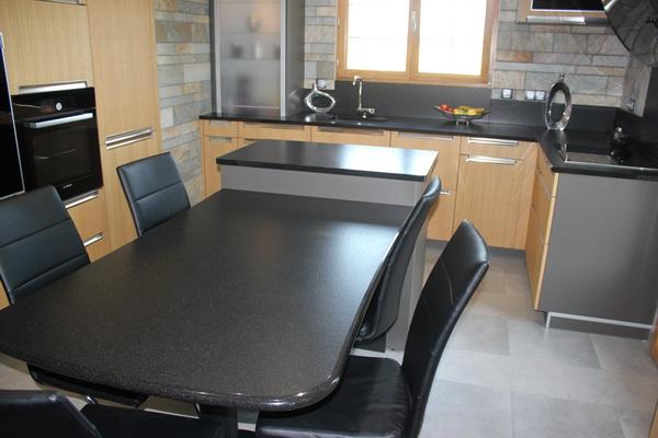 cuisine en granit noir supr me bross 07 15 pierre granit andr demange. Black Bedroom Furniture Sets. Home Design Ideas