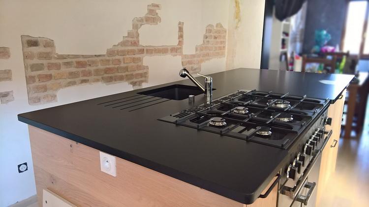 ilot centrale table simple devis cuisine acquipace cuisine ilot central table with moderne. Black Bedroom Furniture Sets. Home Design Ideas