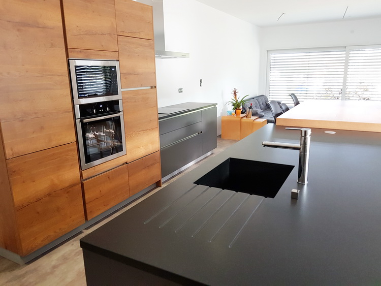 Ilot central cuisine avec evier affordable lot central photos with ilot central cuisine avec - Ilot central noir ...