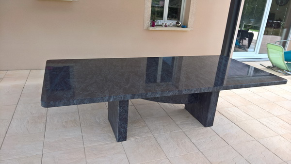 table jardin en granit 07 16 pierre granit andr demange. Black Bedroom Furniture Sets. Home Design Ideas