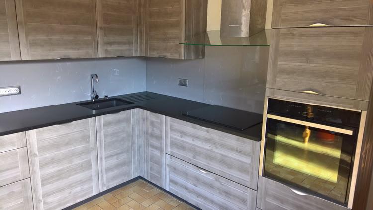 cuisine granit noir letano et cr dence grey savoye 03 17 pierre granit andr demange. Black Bedroom Furniture Sets. Home Design Ideas